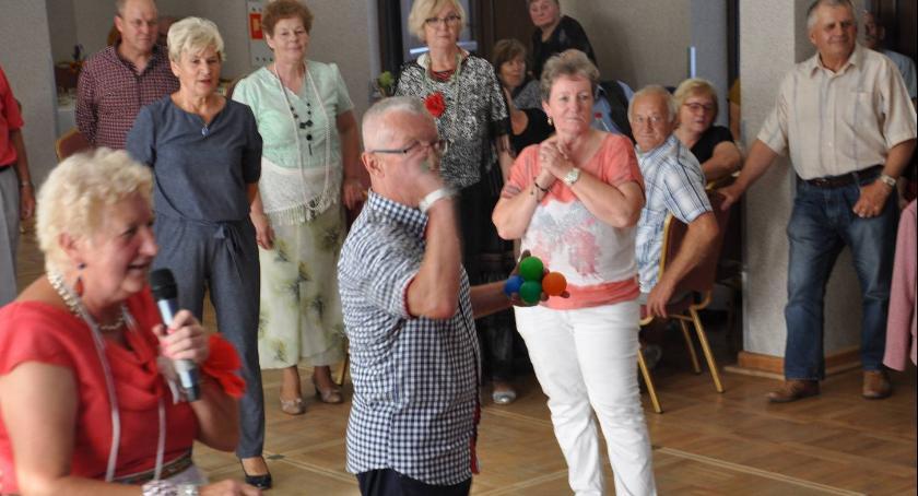 Wydarzenia lokalne, Seniorzy zintegrowani - zdjęcie, fotografia