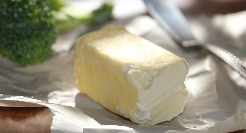 Rynek, Droższe mleko droższe masło - zdjęcie, fotografia