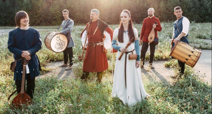Muzyka, Powrót średniowiecza - zdjęcie, fotografia