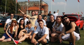 VAG Familia na zamku
